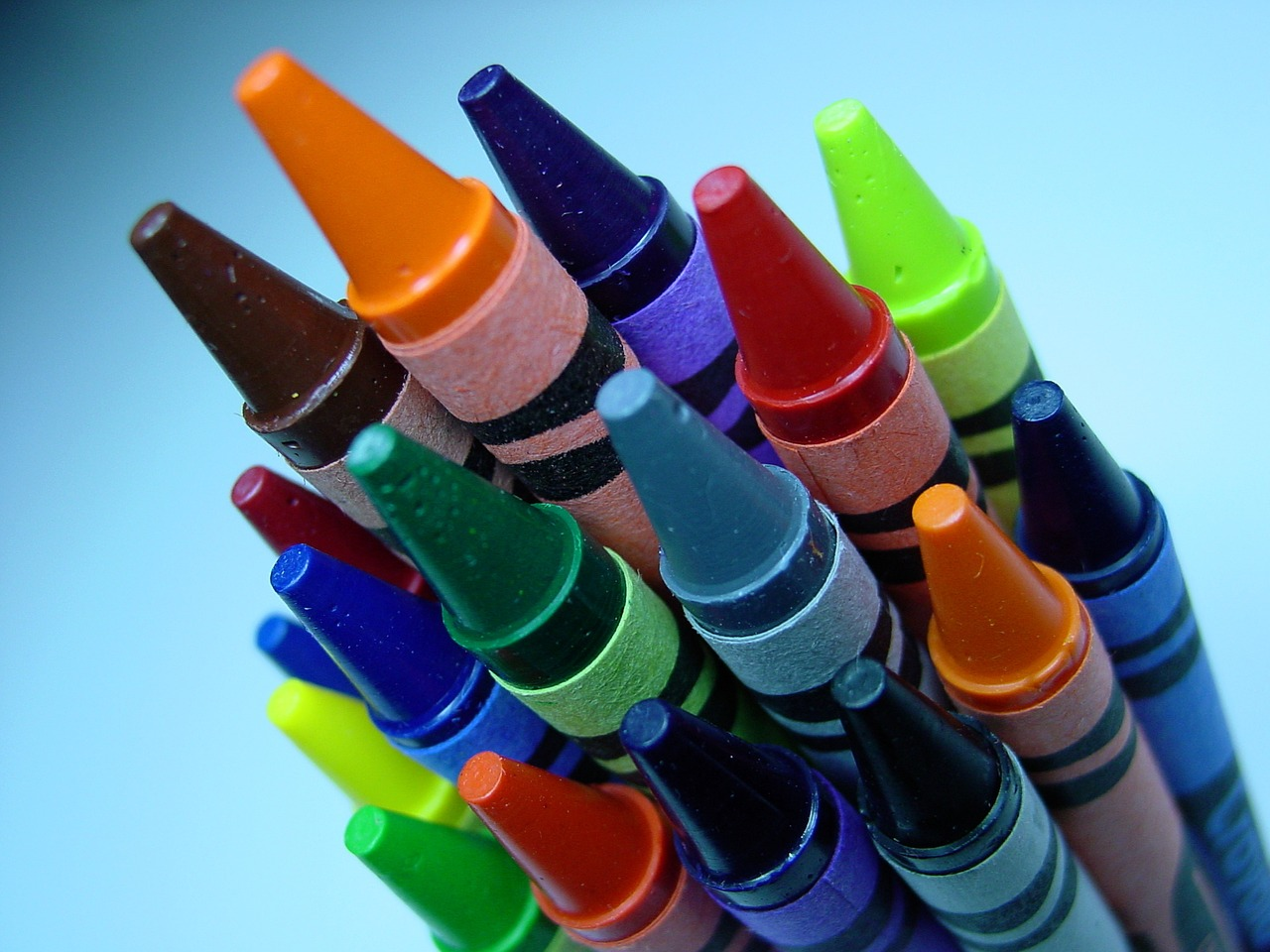 Worship Musicians: A Box of 8 or 148 Crayons? Which is Better for You?